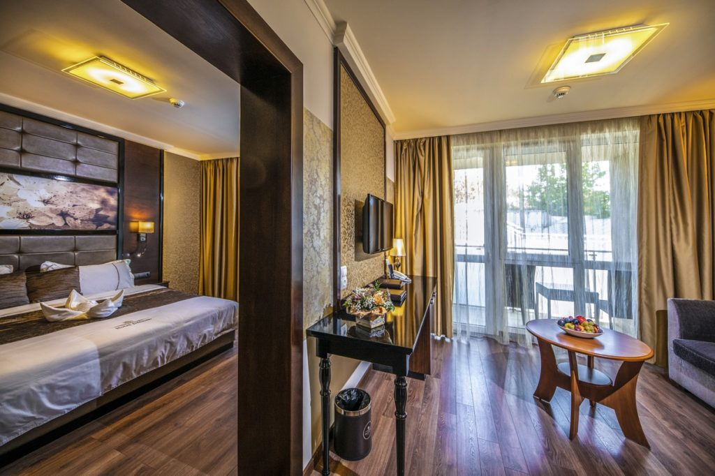 Junior-suit-lakosztaly-HotelDelibab