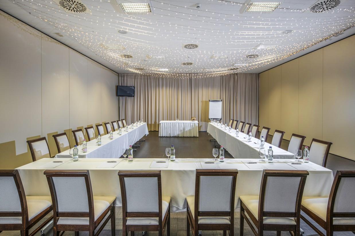 Rendezveny-Konferencia