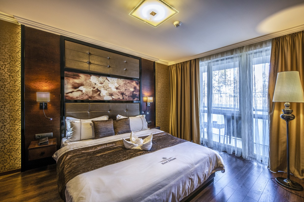 Junior-lakosztaly-haloszoba-HotelDelibab