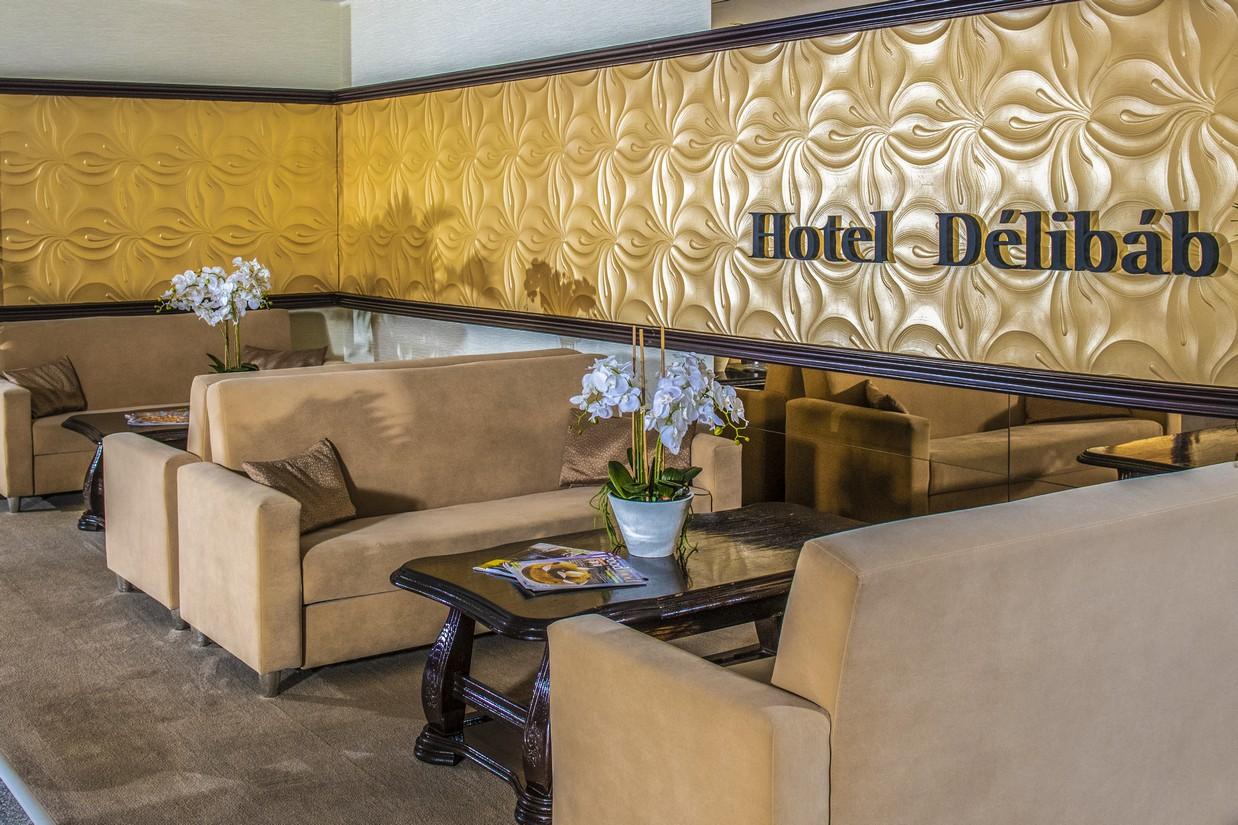 Hotel-Delibab-Lobby