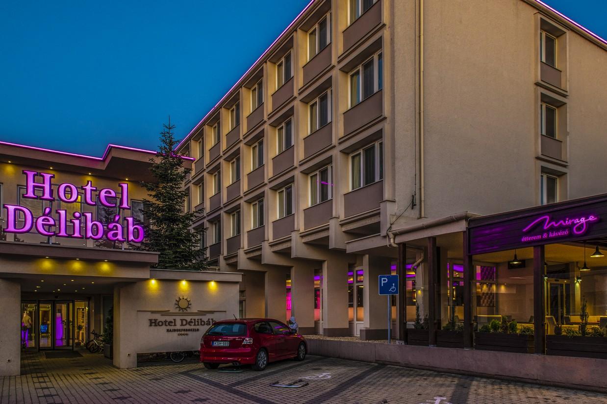 Hotel-Delibab-Fobejarat